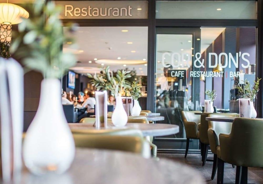 Entree hotel restaurant | bar